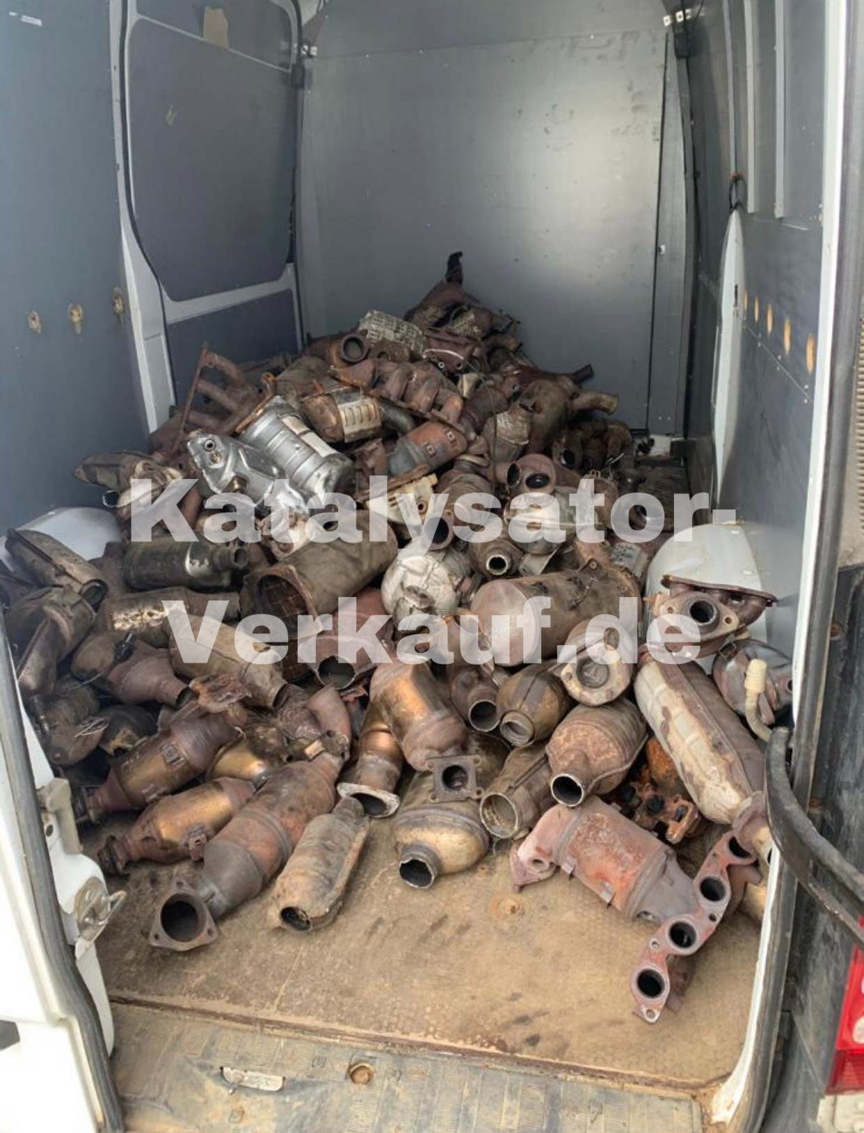Katalysator Recycling verkaufen kaufen Nordrhein Westfalen Bayern Kat verkaufen kat ankauf monolith ankauf keramik verkaufen scr katalysator katalysator händler